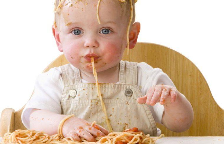 Baby Led Weaning, definición y beneficios de esta nueva tendencia en pediatría