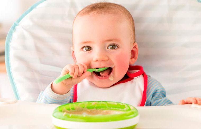 Claves para compaginar la leche en polvo y la alimentación complementaria
