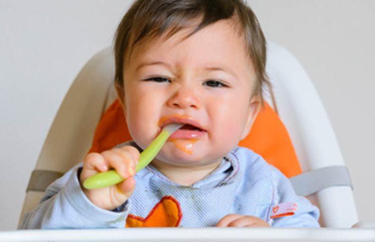 ¿Qué hacer si tu bebé rechaza la papilla?