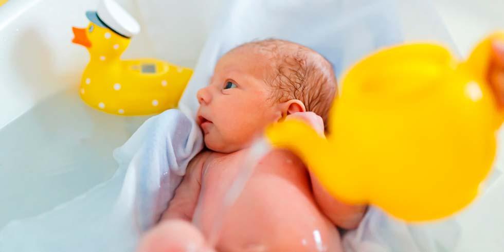 Bañar Bebe | Banar Al Bebe Un Ritual Diario A Que Hora Conviene Hacerlo